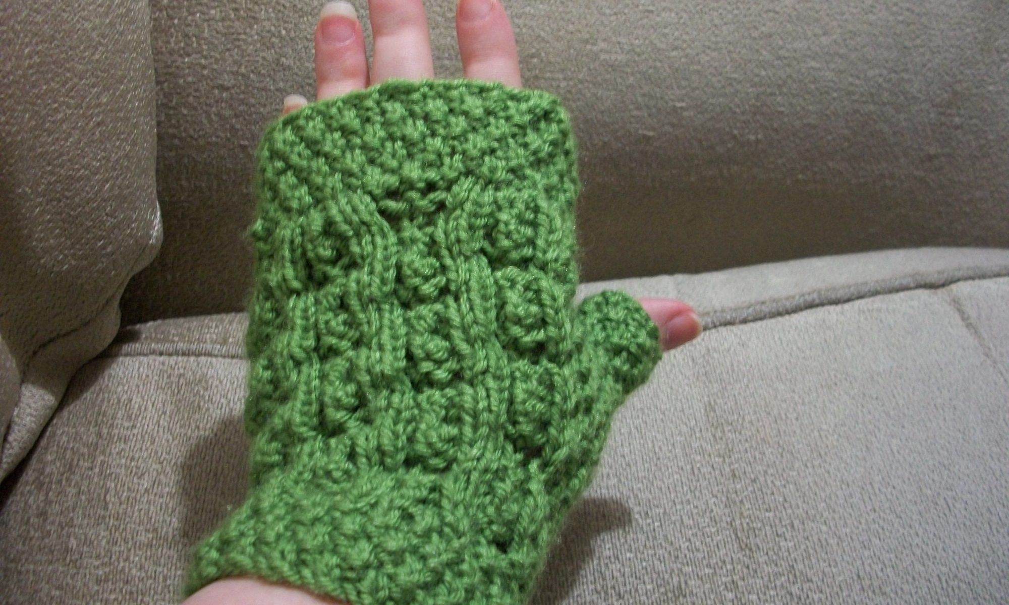 Flowers & Moss Mitts