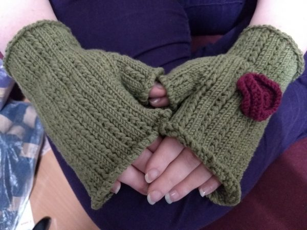 Lacy Thorns and Roses Mitts